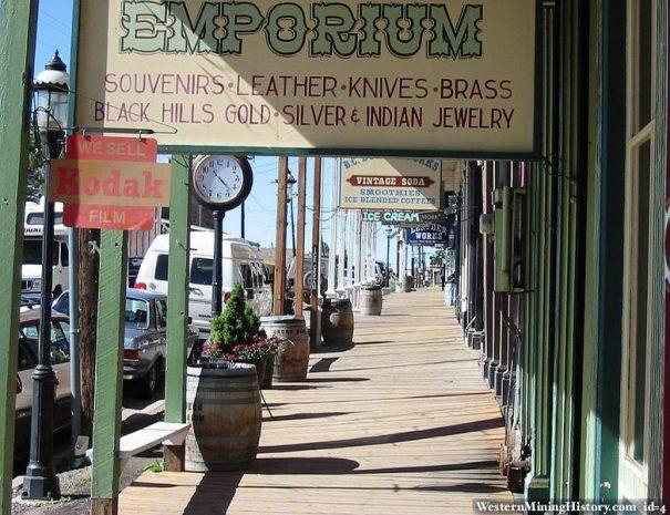 Nevada-Virginia-City-boardwalk_tours