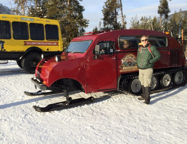 active_travel_west_usa_yellowstone_national_park_winter_small_group_snowshoe_tour (11)